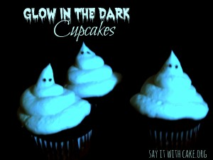 glow-in-the-dark-cupcakes